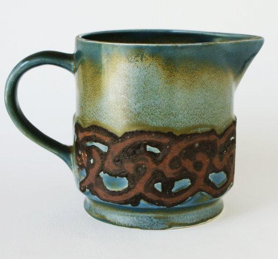 Rushton pottery (Isle of Man) Il_57010