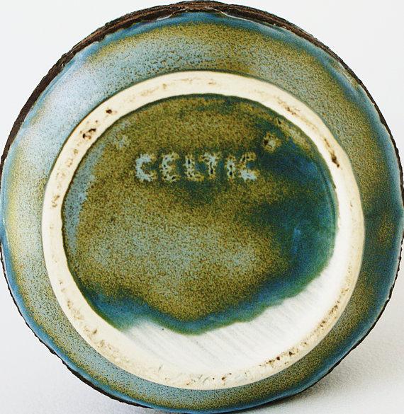 Rushton pottery (Isle of Man) Il_57012