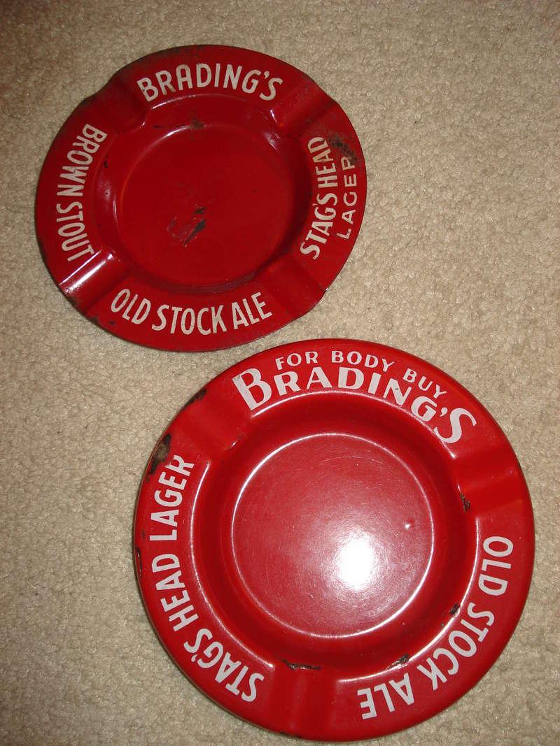 La bière Brading, bouteilles et objets de brasserie. 03010