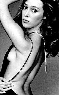 Alycia Debnam Carey Alycia14