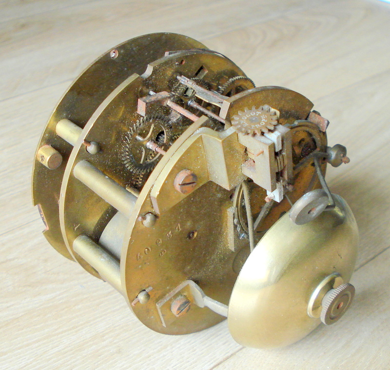 Japy FRERES horloge datant