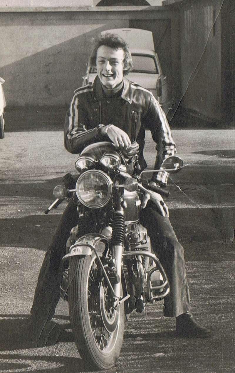 Votre plus belle moto du monde. Jacky_10