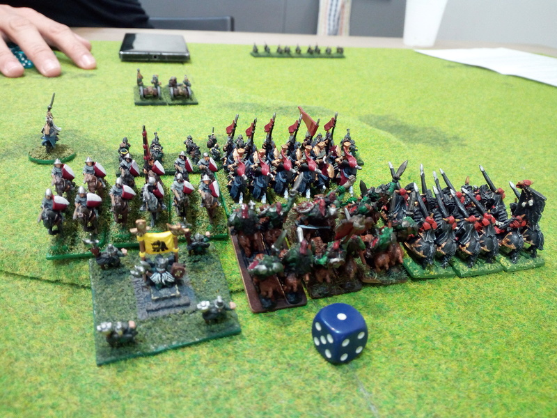 Chaos - Orcs&Goblin VS Dwarf - Bretonnian (2vs2) Img_2062