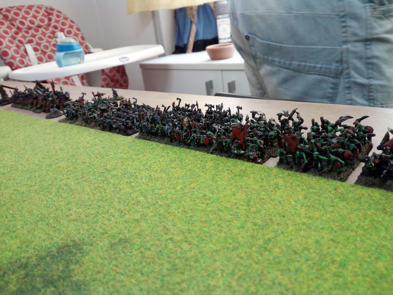 Chaos - Orcs&Goblin VS Dwarf - Bretonnian (2vs2) Img_2069