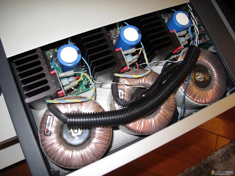 Proceed AMP 3 - (150 to 250 WPC) 3 Channel Power Amplifier by Madrigal Audio (Mark Levinson) Used Procee11