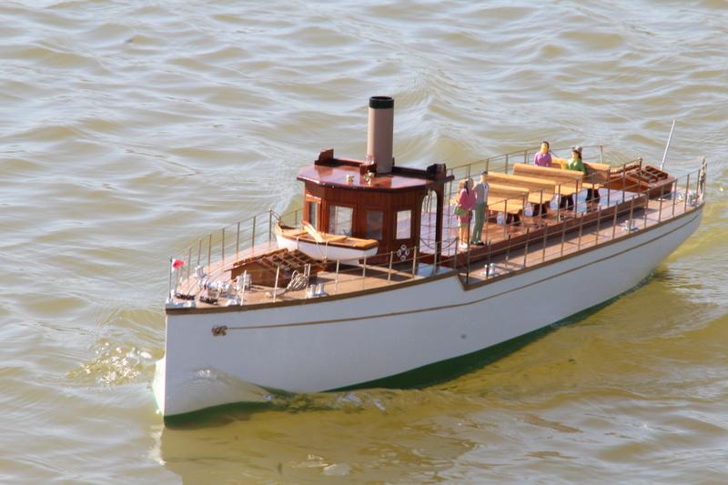 Yacht  classique à moteur 1920 / 1930 NEMESIS - Page 4 Img_6312