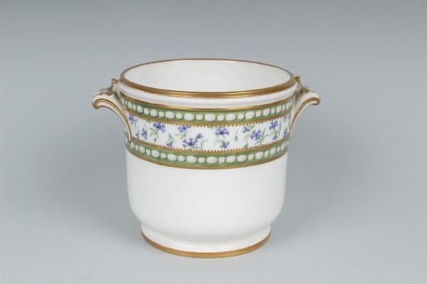 A vendre: meubles et objets divers XVIIIe et Marie Antoinette - Page 7 14937110