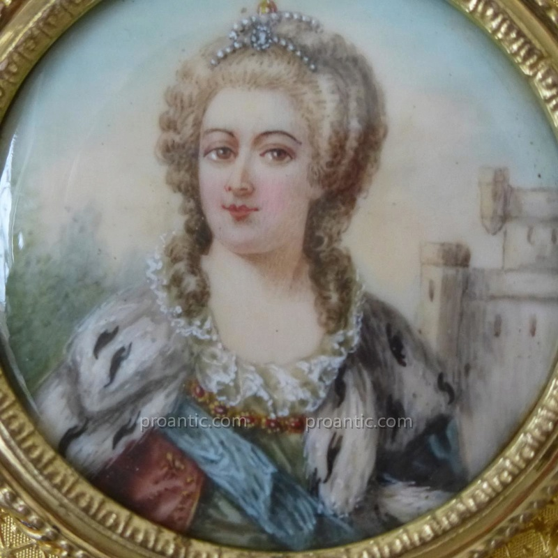 A vendre: miniatures de Marie Antoinette? - Page 5 23652111