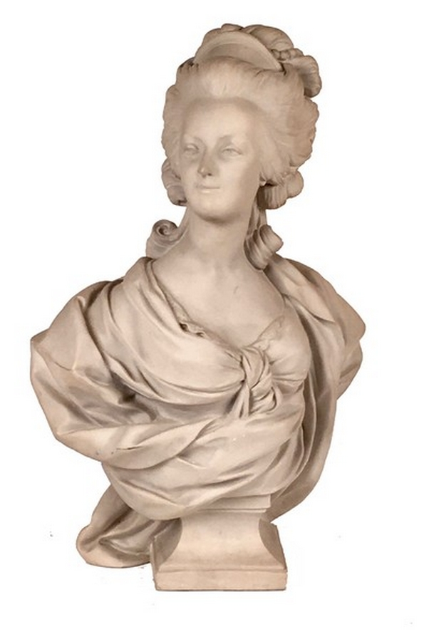 A vendre: bustes Marie Antoinette - Page 6 Zzz210