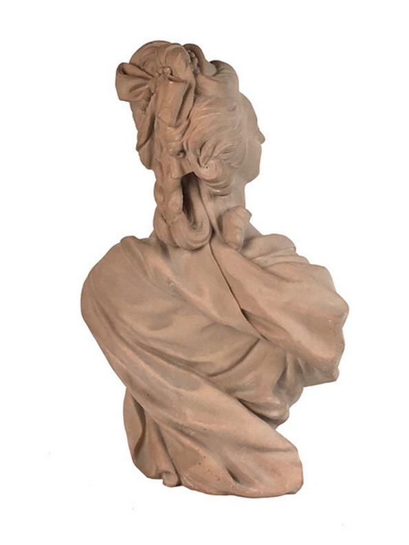 A vendre: bustes Marie Antoinette - Page 6 Zzz211