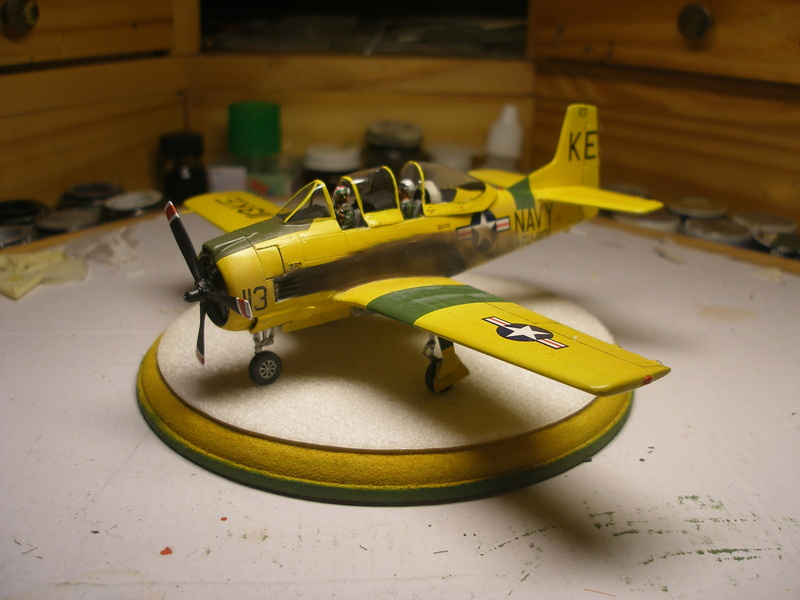 "North American T28 B/D ""Trojan"" Kitty Hawk au 1/32 P1010010"