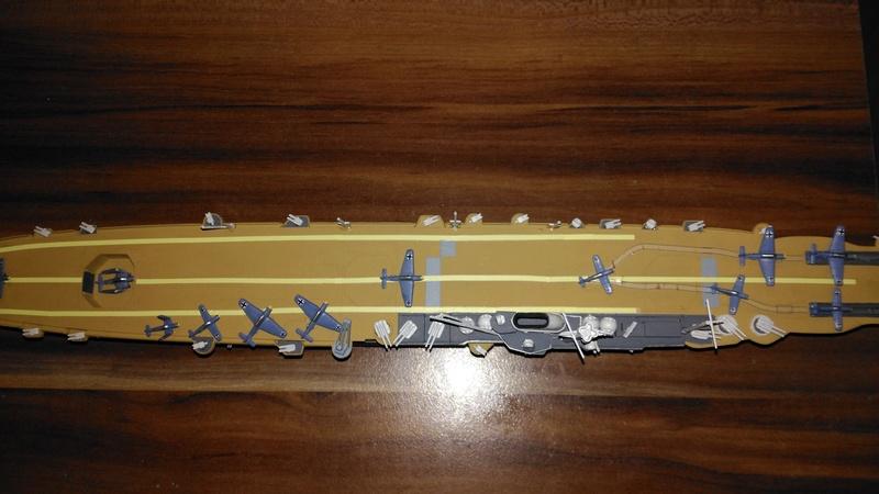 Revell  Graf Zeppelin 1:720 Img_2044