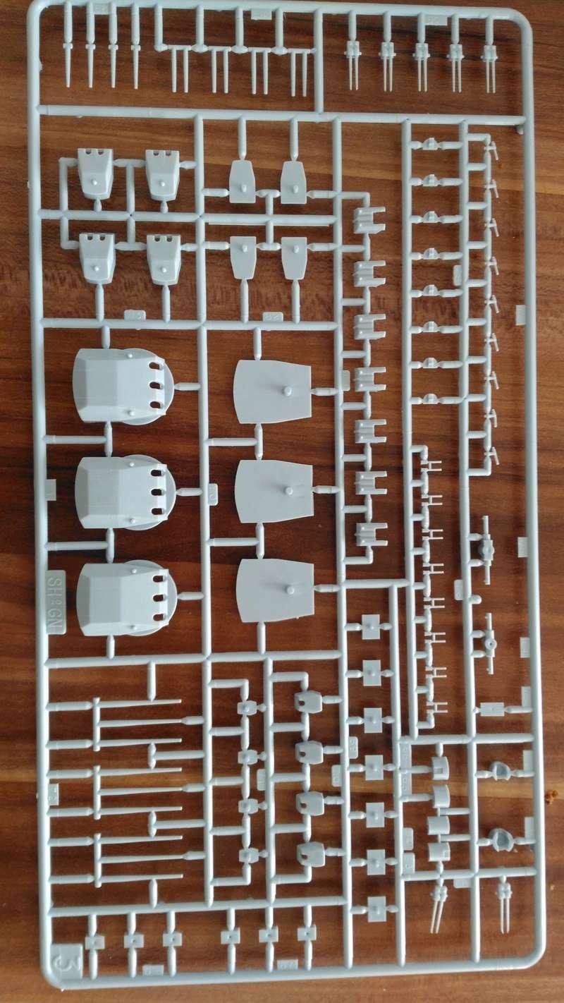 Bausatz Scharnhorst / Heller 1:400 Img_2072