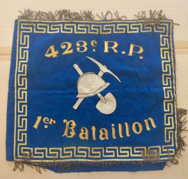 Beau fanion du 423° Régiment de Pionniers 1939 Img_1690