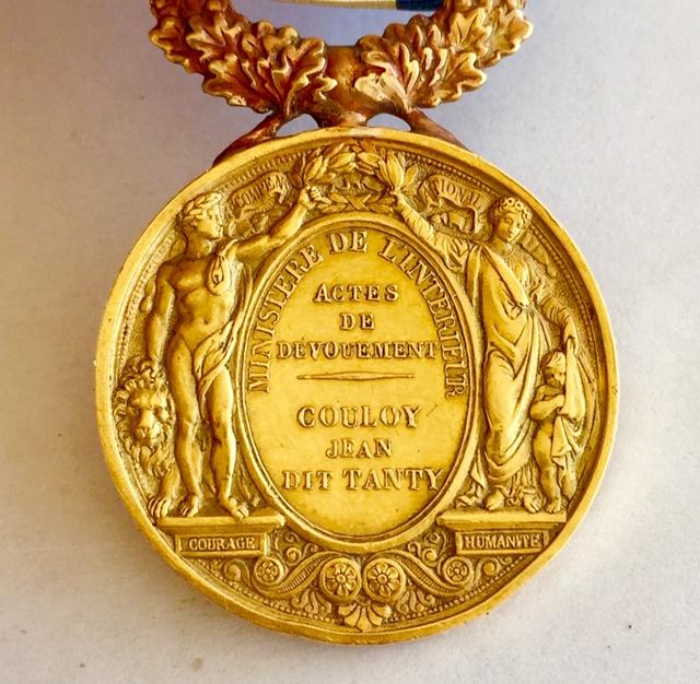 Médaille d'honneur ministère de l'intérieur II empire en or massif + diplôme Img_3522
