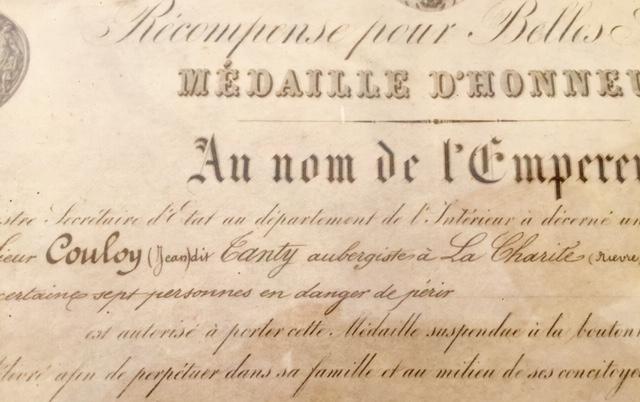 Médaille d'honneur ministère de l'intérieur II empire en or massif + diplôme Img_3525