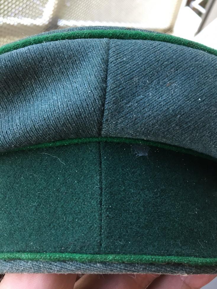 Casquette officier WH liseré vert Img_3920