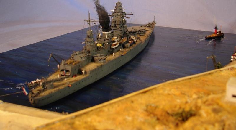 Diorama Dunkerque à Mers el-kébir juillet 1940, Heller 1/400 Dsc00811