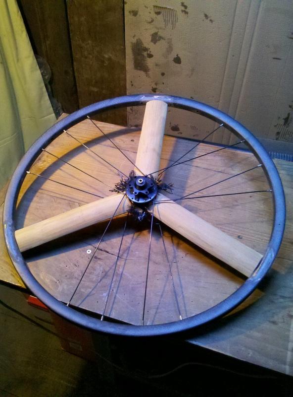 Bamb'hed une paire de roues bambou carbone pour un TD bambou carbone 2016-110
