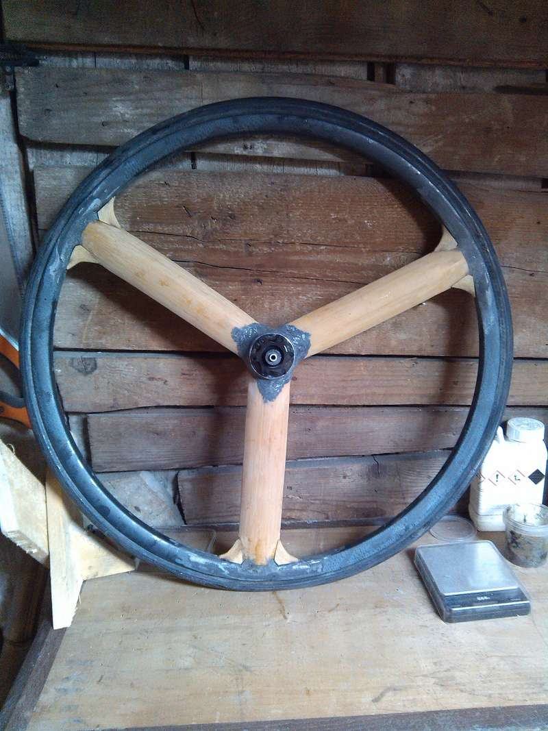 Bamb'hed une paire de roues bambou carbone pour un TD bambou carbone Img_2015