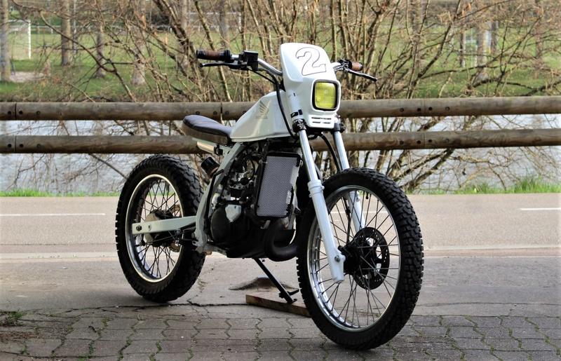 PEUGEOT 175 1961 customisation osée ....? 125_mt10