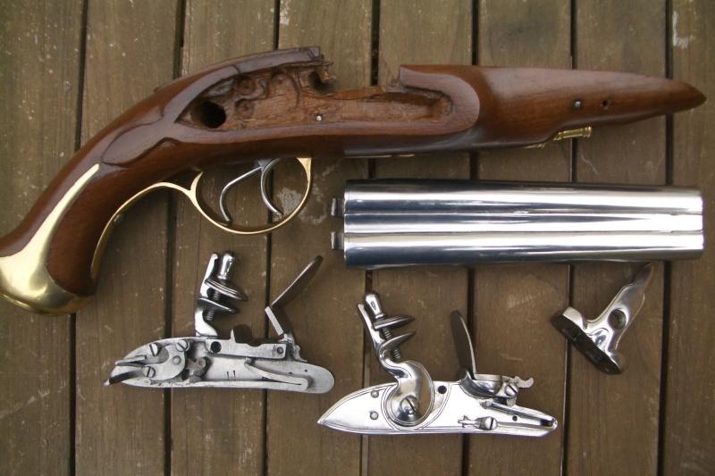 pistolet d'arçon fabrication première moitié XVIII... peut-être germanique... ou pas! - Page 2 Akfgol10