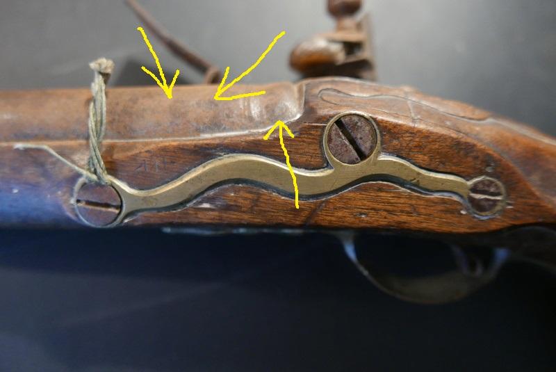 pistolet d'arçon fabrication première moitié XVIII... peut-être germanique... ou pas! L1030812