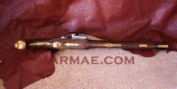 pistolet d'arçon fabrication première moitié XVIII... peut-être germanique... ou pas! Pistol14