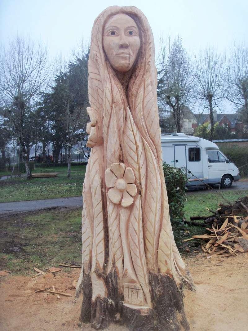 sculpture monumentale à la tronçonneuse 100_6917