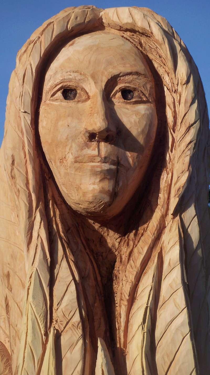 sculpture monumentale à la tronçonneuse 100_6923