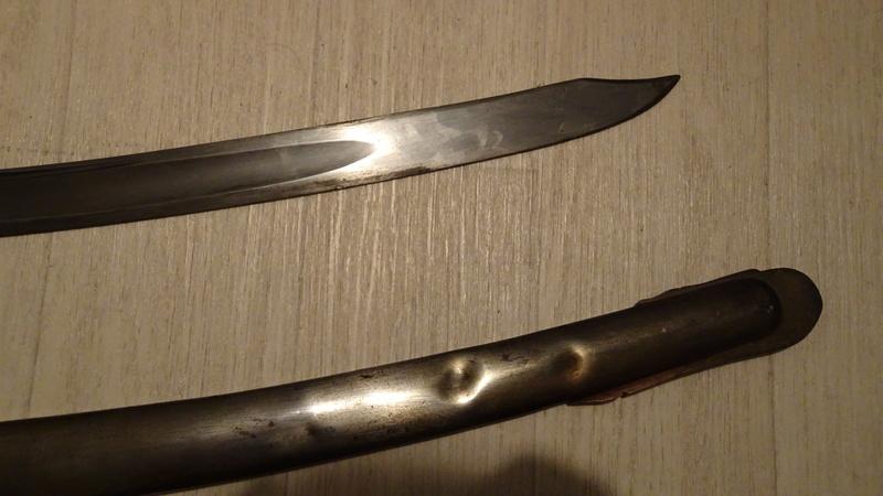 Les sabres d'officier de cavalerie légère à la chasseur Dsc00533