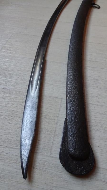 sabre d'officier holandais dans le style du modèle de cavalerie légère 1813 n°2 Dsc00814
