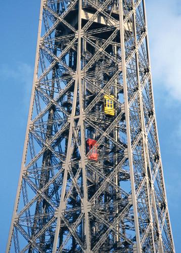 Projet de réalisation de l'étage intermédiaire entre 2ème et 3ème étage de la Tour Eiffel 0410
