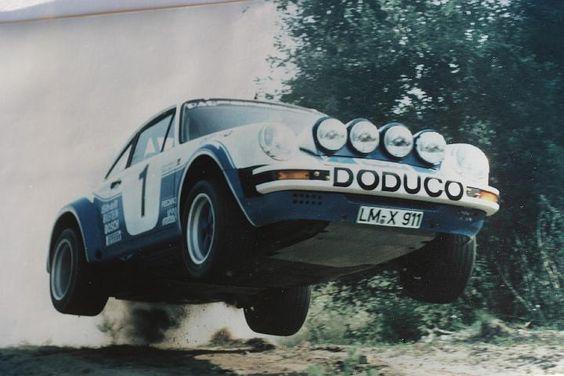 Une Belle photo de Porsche - Page 5 56c23410