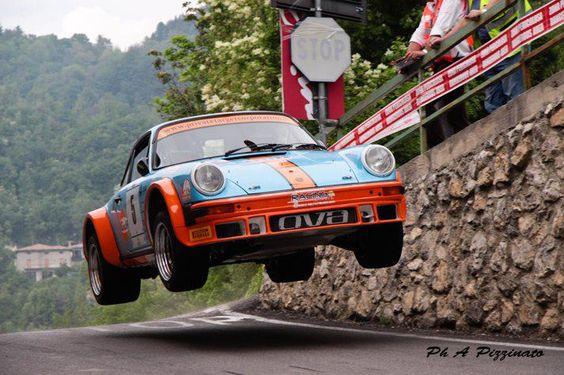 Une Belle photo de Porsche - Page 5 8d685010