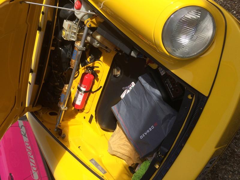 Porsche color's La Roche Guyon!!!!! Img_6613