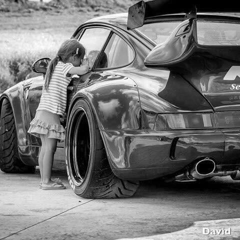 Une Belle photo de Porsche - Page 6 Img_7010