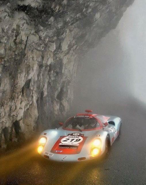 Une Belle photo de Porsche - Page 6 Img_7011