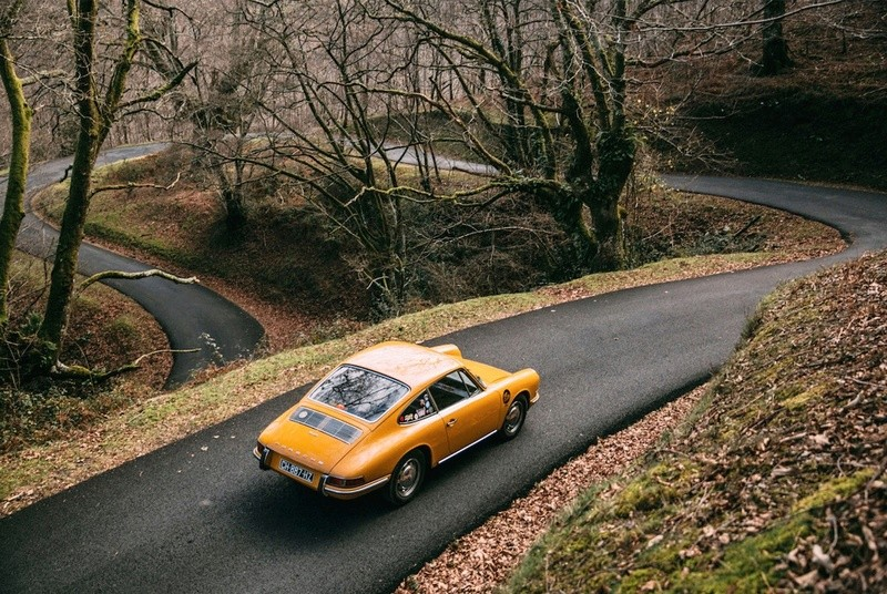 Une Belle photo de Porsche - Page 3 Virage15