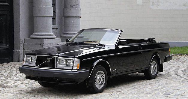 L'italo-suédoise Volvo 262C fête ses 40 ans. 1021
