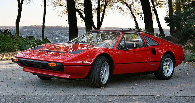 La Ferrari de Magnum proposée aux enchères. 114