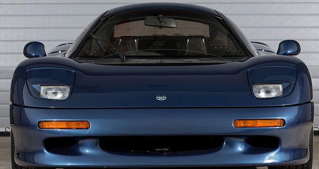 Une très rare Jaguar XJR-15 de 1991 en vente au Royaume-Uni. 1991ja18