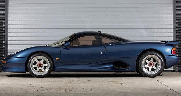 Une très rare Jaguar XJR-15 de 1991 en vente au Royaume-Uni. 1991ja20