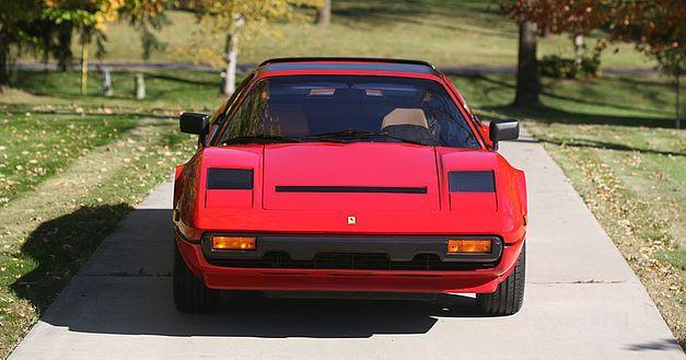 La Ferrari de Magnum proposée aux enchères. 314