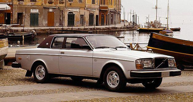 L'italo-suédoise Volvo 262C fête ses 40 ans. 537