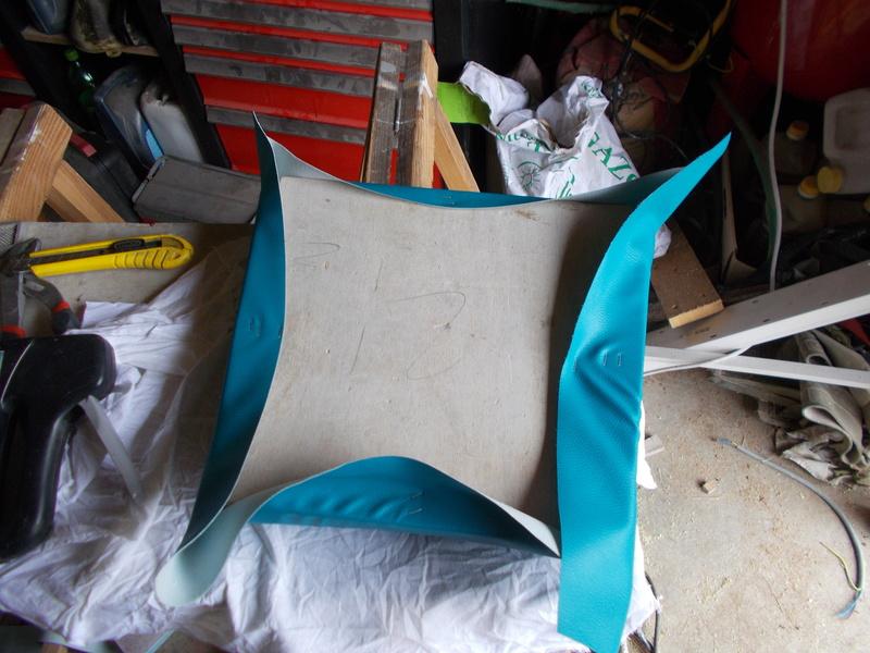 Refaire une assisse de chaise Dscn1122