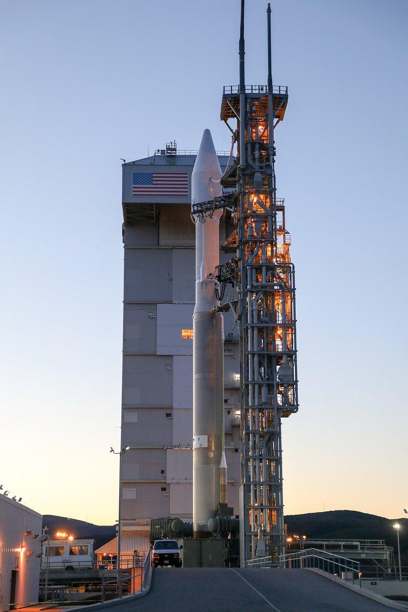 Atlas V 401 (NROL-79) - VAFB - 1.3.2017 126