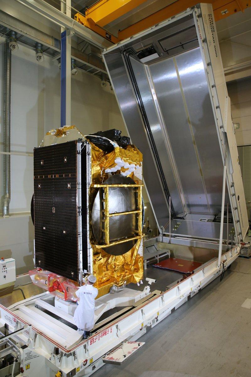Ariane 5 VA237 (Viasat-2 & Eutelsat 172B) - 1.6.2017 146