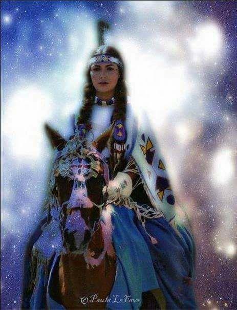 Ici tout sur les Amérindiens bijoux ,histoires ,liens ect...... - Page 8 17190710