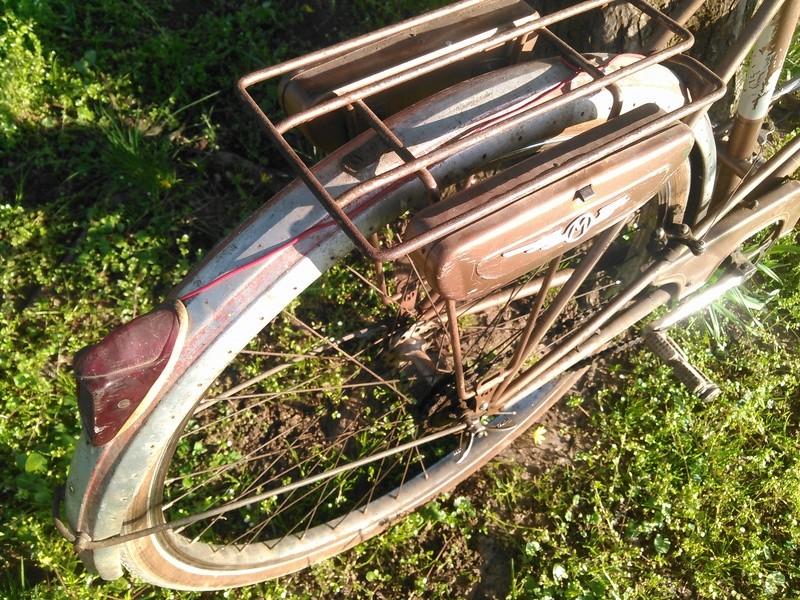 bicyclette motoconfort années 50/60 Kimg0058